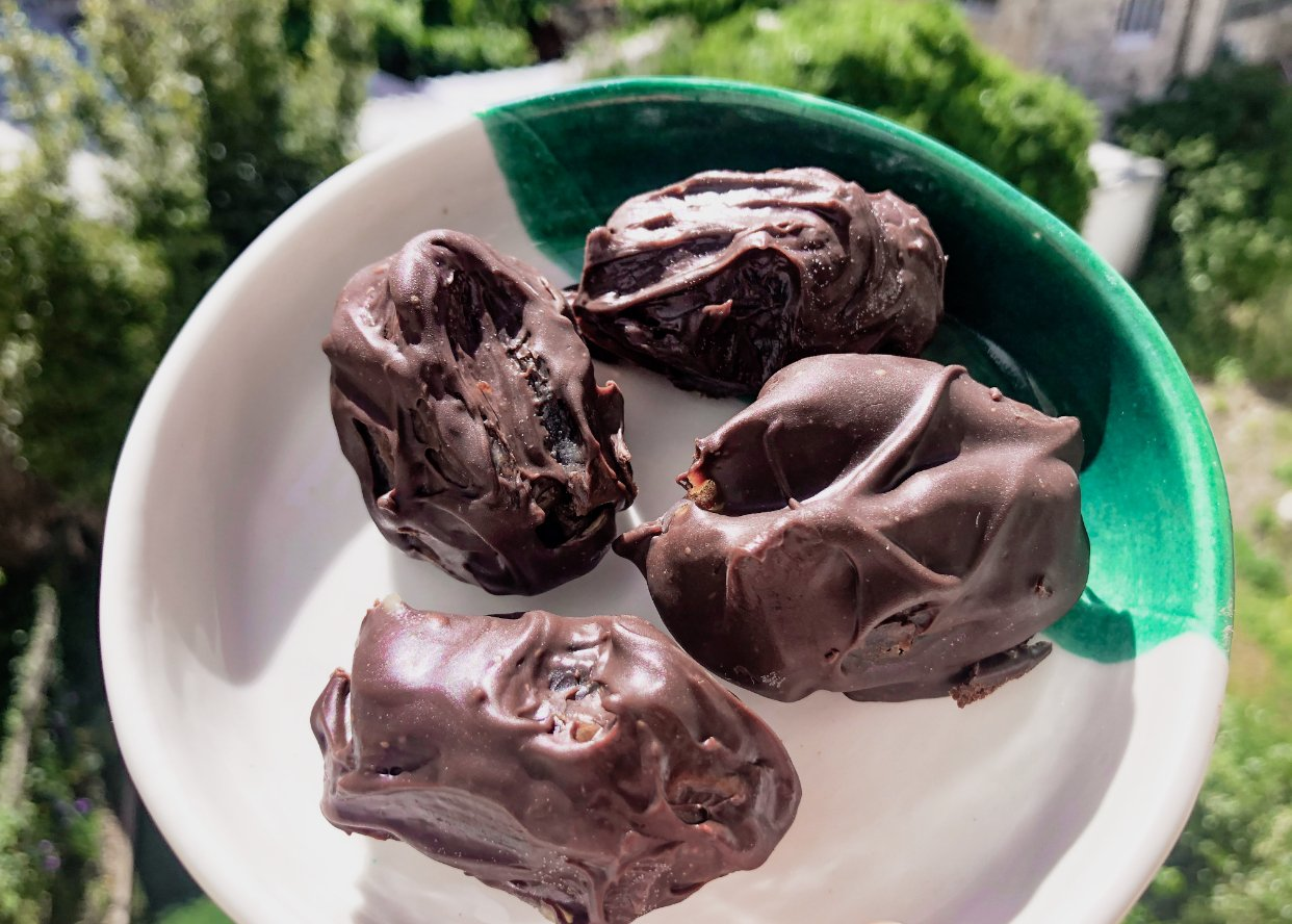Tachina Stuffed Chocolate Covered Dates
